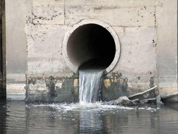 Nguồn nước ô nhiễm ở Hà Nội
